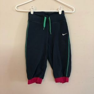 Nike Cropped Pants Size XS